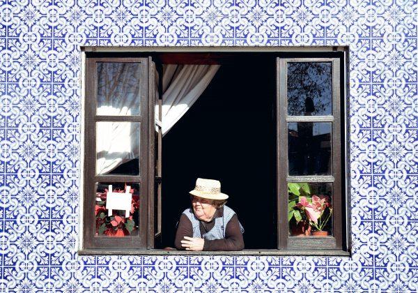 שמרו על היקרים לכם: 7 אביזרי נגישות חיוניים לכל בית המותאם לקשישים